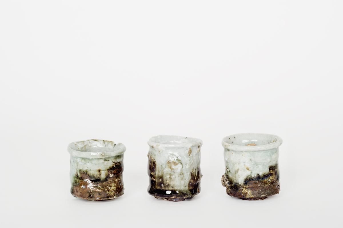vase japonais en céramique les foins vue côté