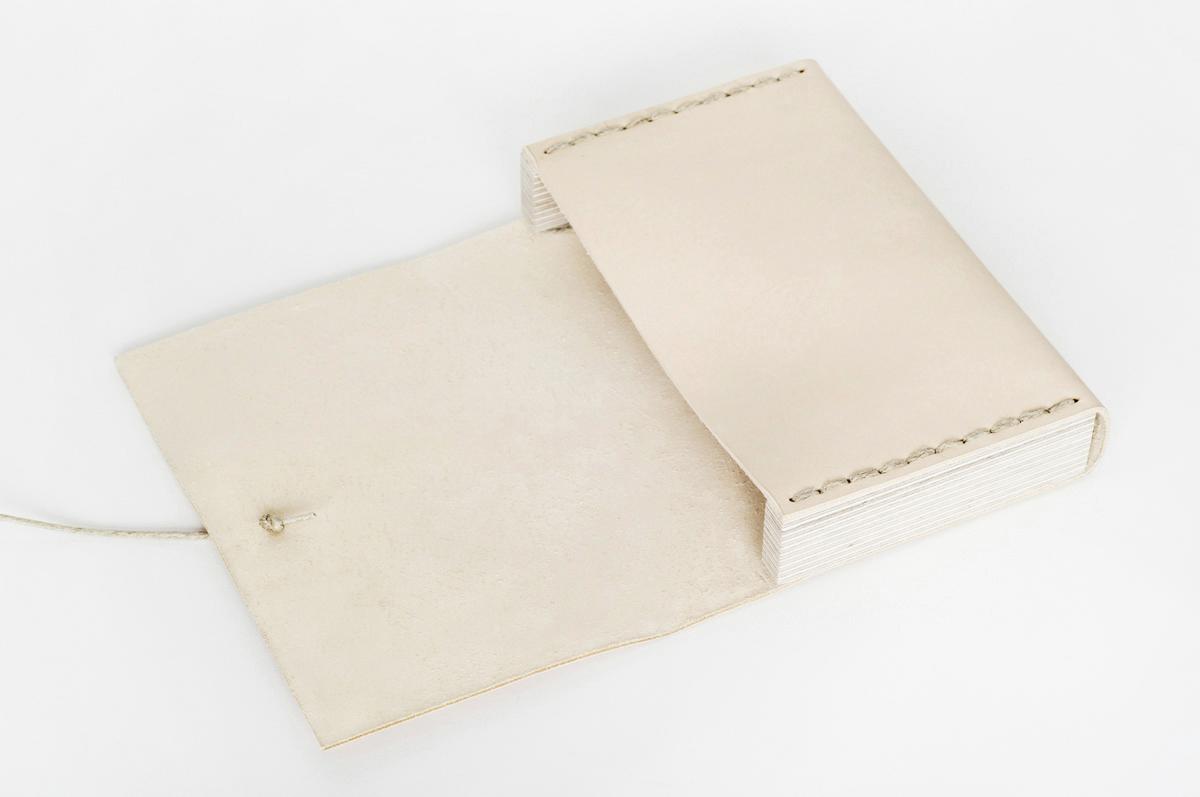pochette cuir