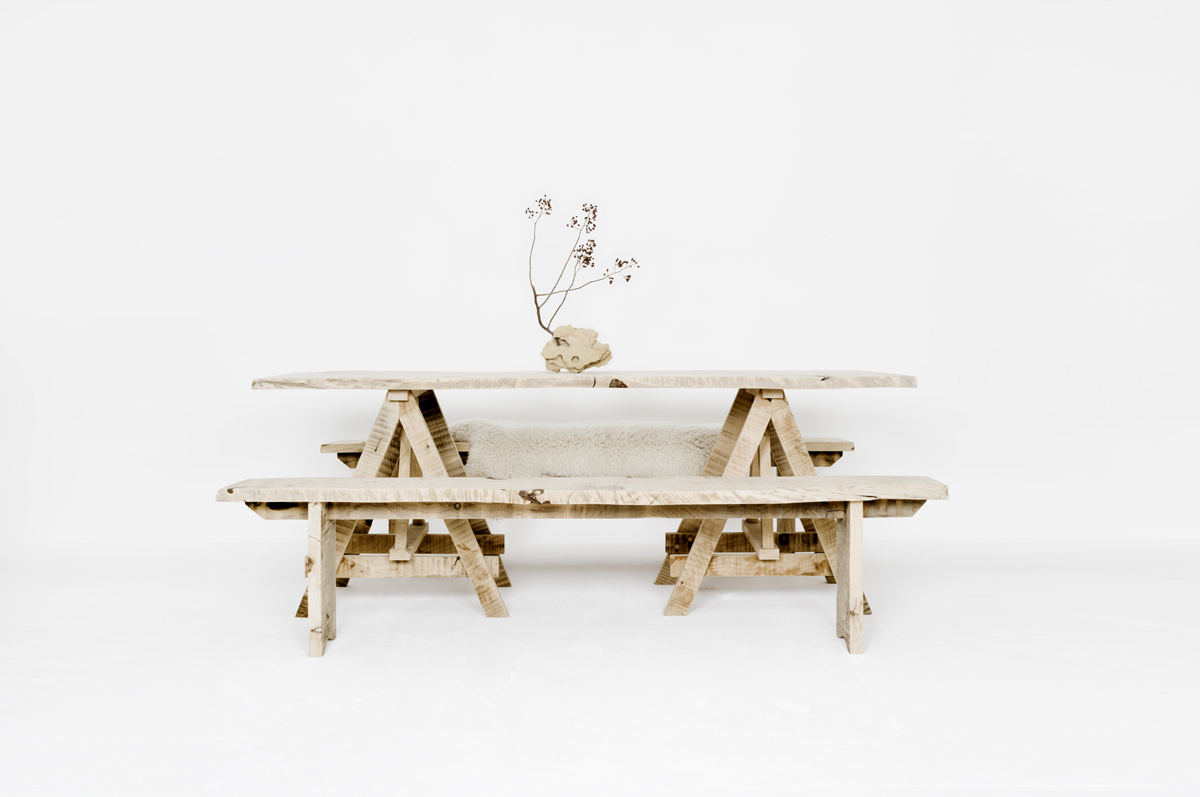 Artisanal table
